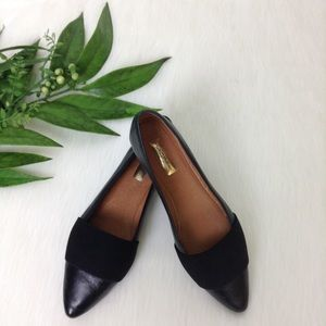 Halogen Leah Black Leather Pointed Toe Flats